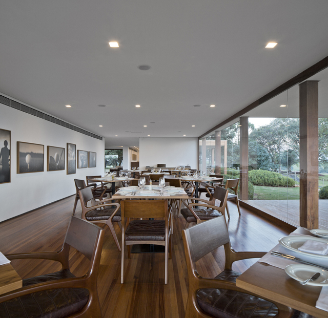 Fazenda-Boa-Vista-Golf-Clubhouse-Isay-Weinfeld-5.jpg