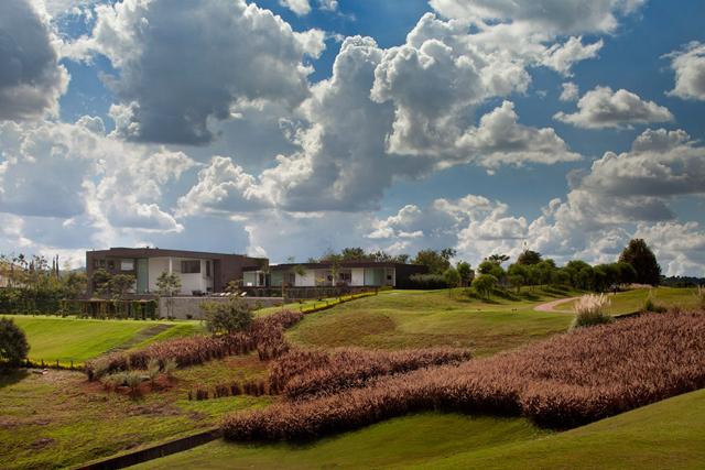 Casa-HS-Quinta-da-Baroneza-Studio-Arthur-Cassas-12.jpg