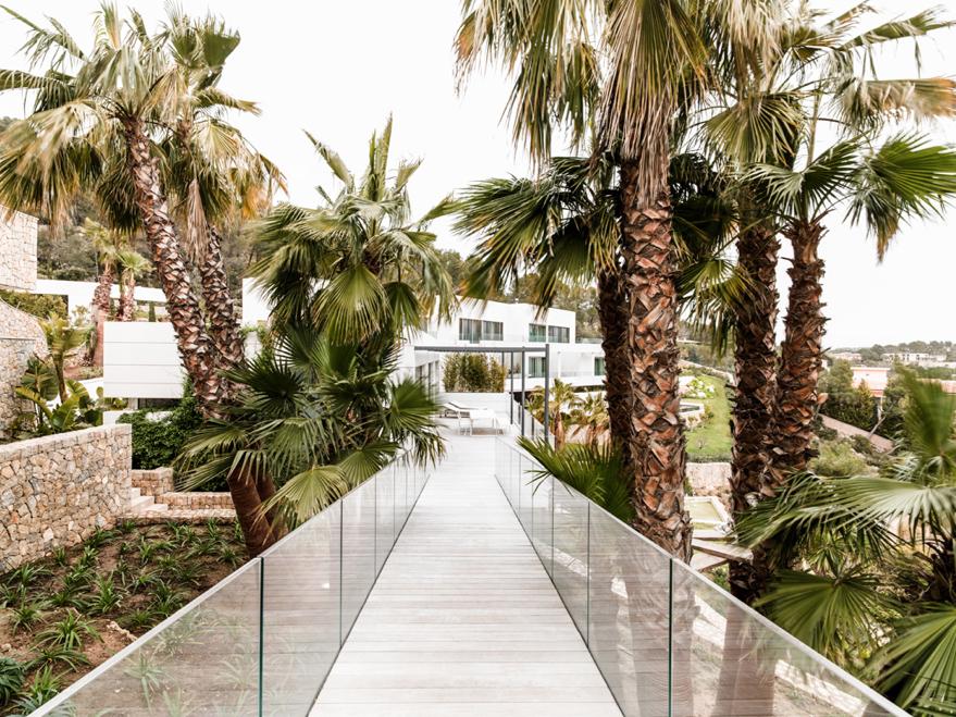 Chameleon-Villa-Son-Vida-Palma-De-Mallorca-Majorca-LG3.jpg
