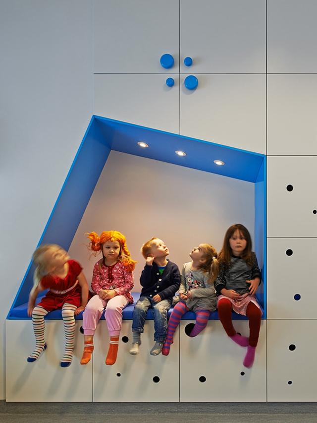 Sjotorget-Kindergarten-Rotstein-Arkitekter-Color-Play-Children-5.jpg