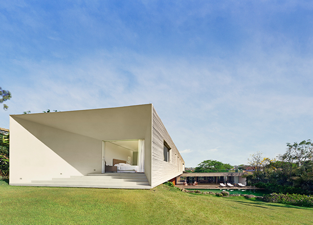 Isay-Weinfeld-Architecture-Sao-Paulo-Casa-Piracicaba-4.jpg