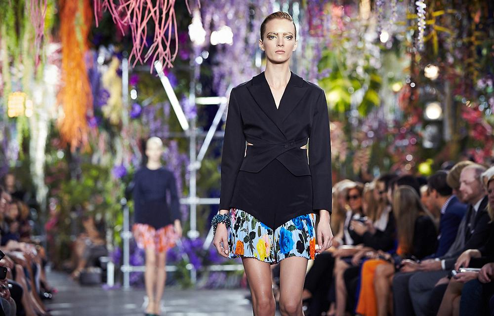 Dior-SS14-Fashion-Show-Set-Paris-LG5.jpg
