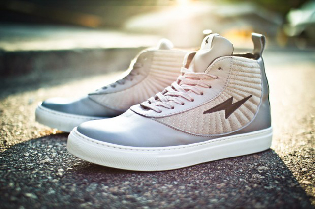mens-shoes-sneakers-lightning-2012.jpg