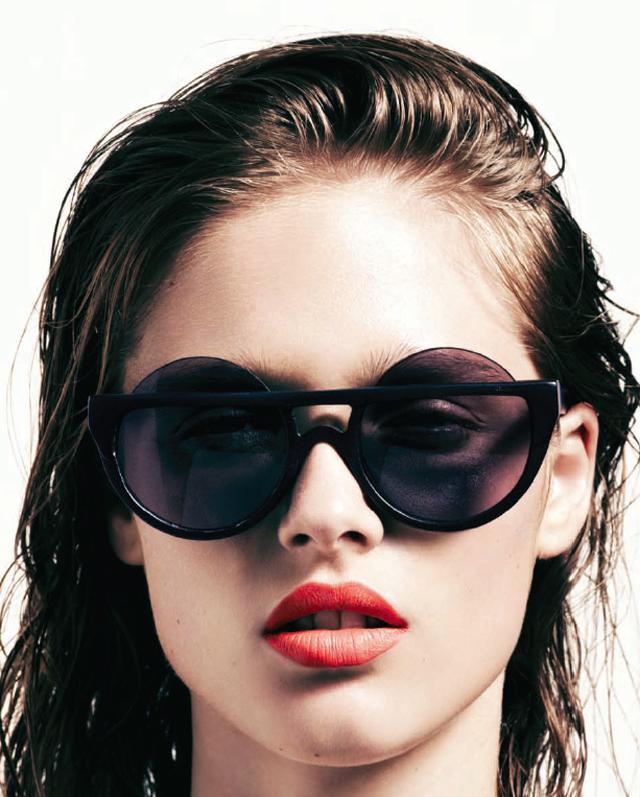 le-specs-henry-holland-sunglasses-2.jpg
