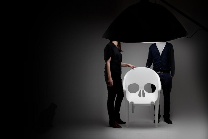 Skull-Pool-Chair-4.jpg