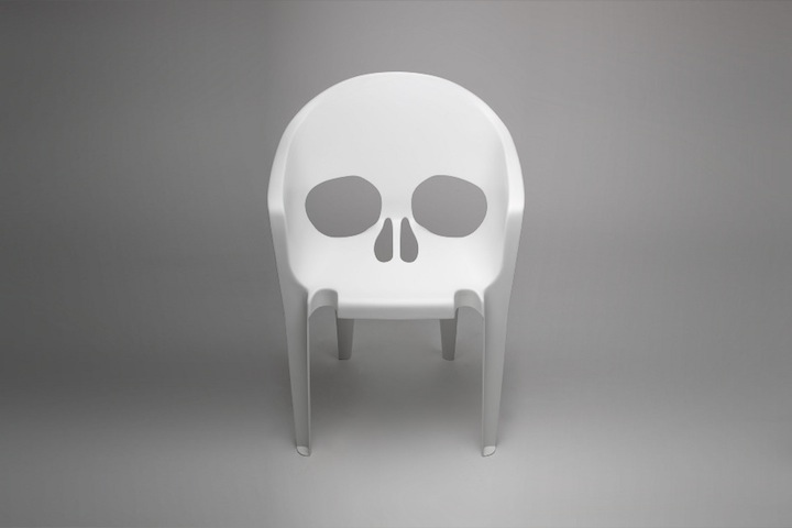 Skull-Pool-Chair-1.jpg