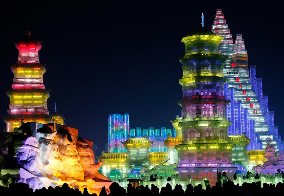 Harbin-International-Ice-Snow-Sculpture-Festival-2014-6.jpg