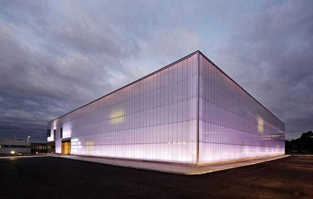 Synchroton-Australia-Centre-for-Synchrotron-Bates-Smart-1.jpg