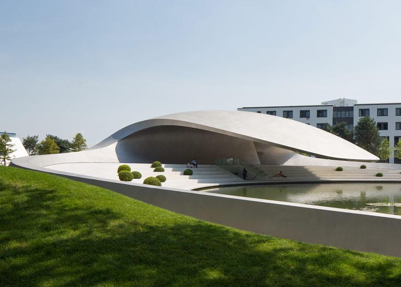 Porsche-Pavillon-HENN-Knstrct-10.jpg