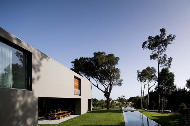 Quinta-Patino-Frederico-Valsassina-Arquitectos-Modern-Knstrct-4.jpg