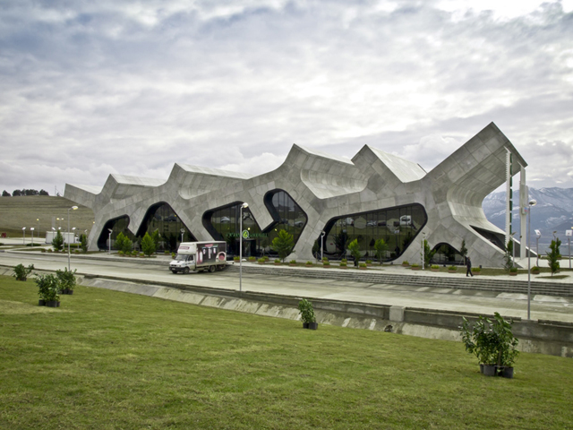 Georgia-Rest-Stops-J-Mayer-H-Architects-3.jpg