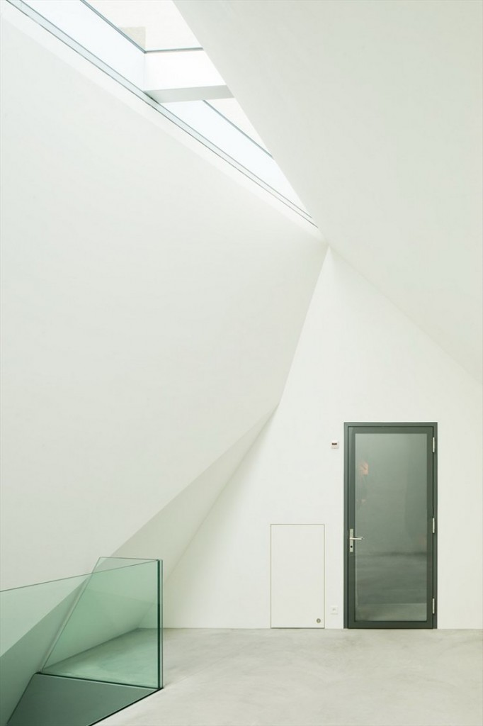 Rapperswil-jona-museum-switzerland-mlzd-architects-8-682x1024.jpg