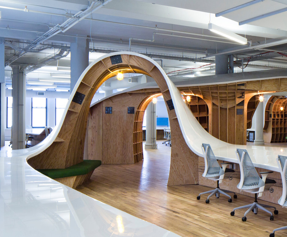 Clive-Wilkinson-Superdesk-Barbarian-Group-Office-Workspace-5-1.jpg
