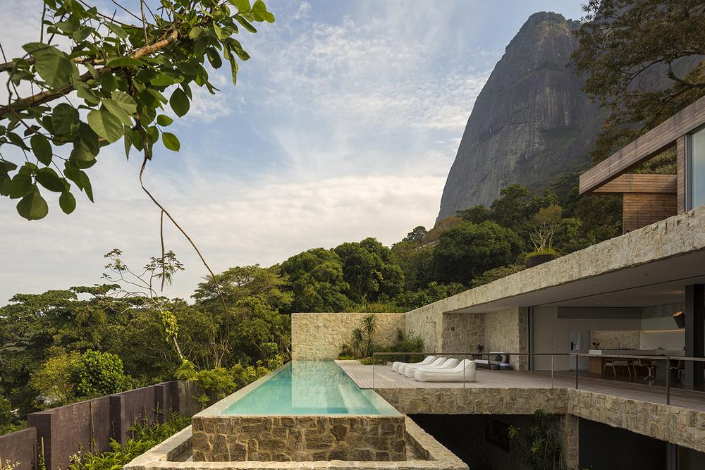 Arthur-Casas-Rio-House-Alex-Lerner-2.jpg