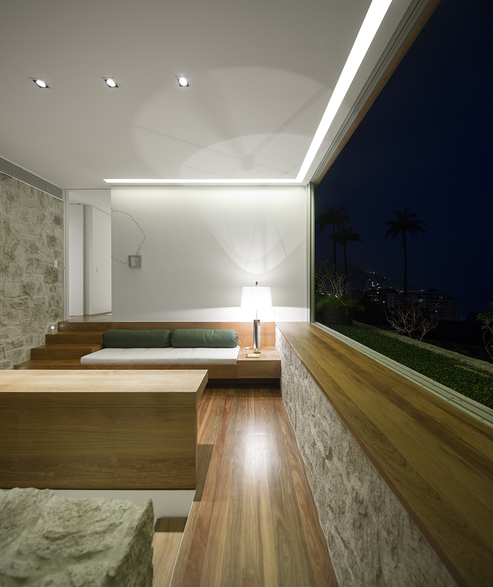 Alex-Lerner-House-Arthur-Casas-Rio-De-Janeiro-3.jpg