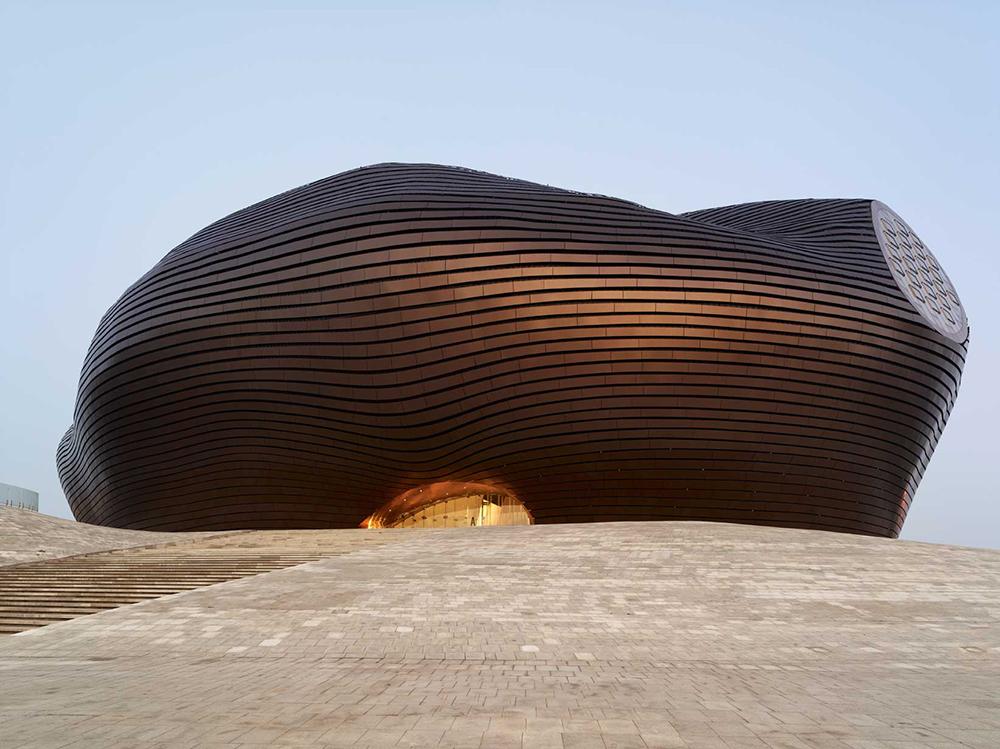 Modern-Architecture-Desert-E.jpg