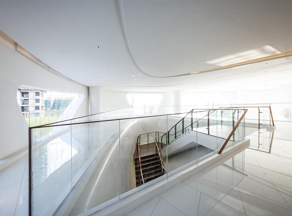 Greenland-Sales-Center-Zhengzhou-MRT-Design-1.jpg