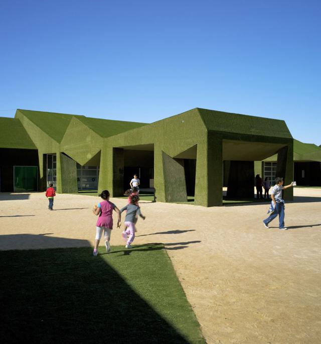 Huma-Studio-Turf-Grass-School-21.jpg