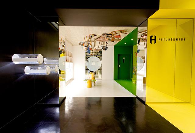 Freudenhaus-Shop-Aigner-Architecture-3.jpg