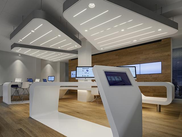 VZ-Desk-Finanzportal-Store-NAU-Architects-Zurich-4.jpg