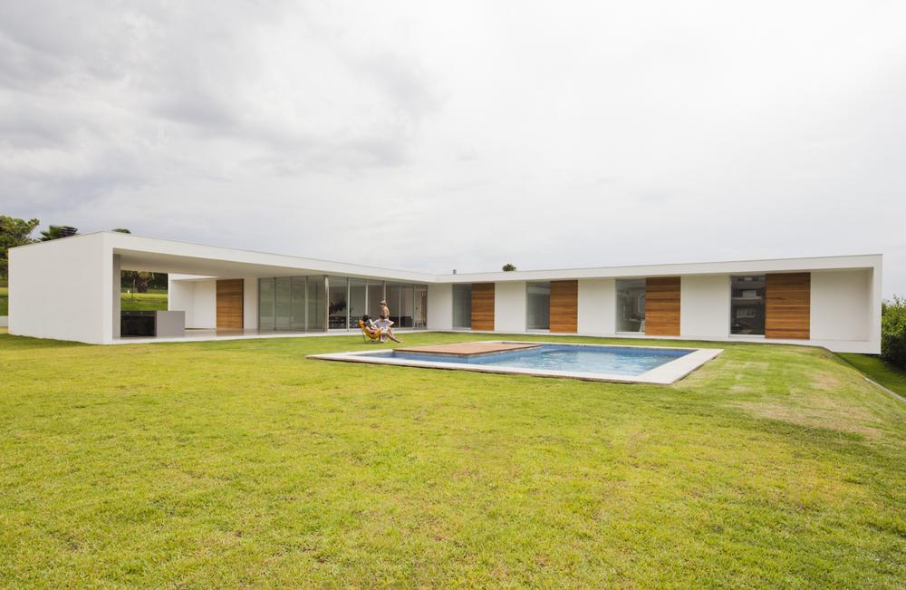 Casa-Salto-Sao-Paulo-Modern-Homes-6.jpg