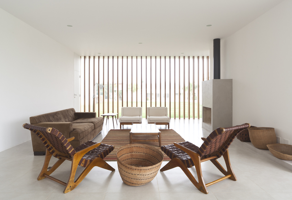 Casa-Salto-Sao-Paulo-Modern-Homes-2.jpg