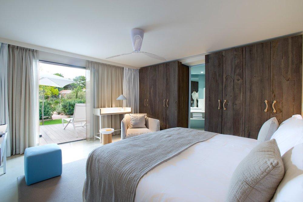 Restorative-La-Plage-Casadelmar-Hotel-by-Jean-François-Bodin-28.jpg