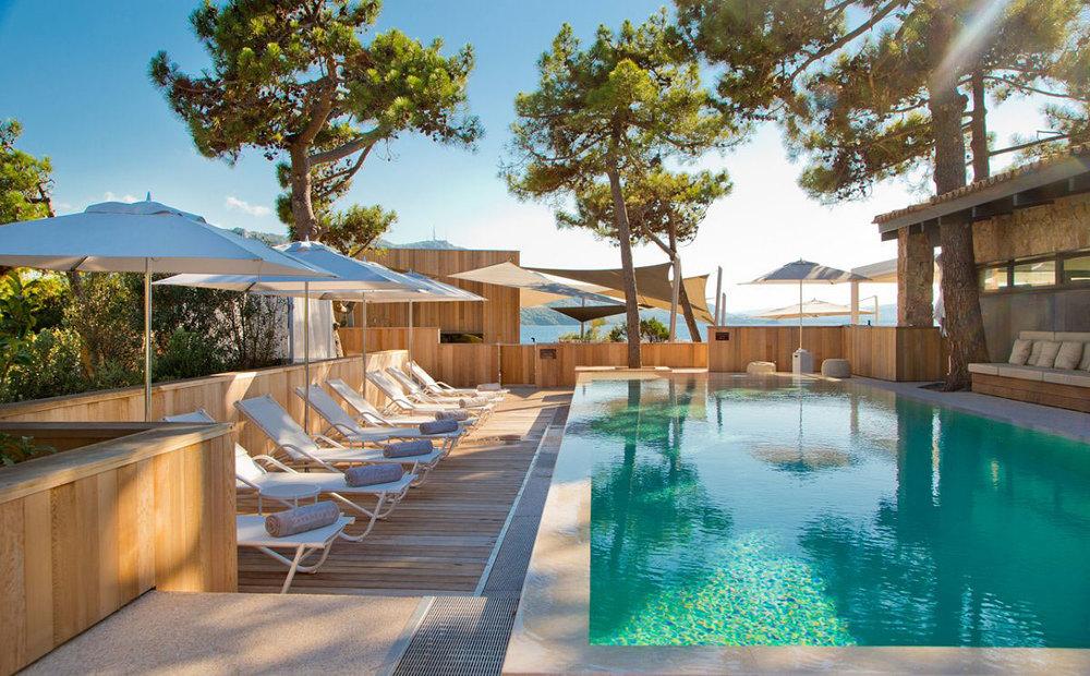 La-Plage-Casadelmar-Hotel-on-Corsica-France-17.jpg