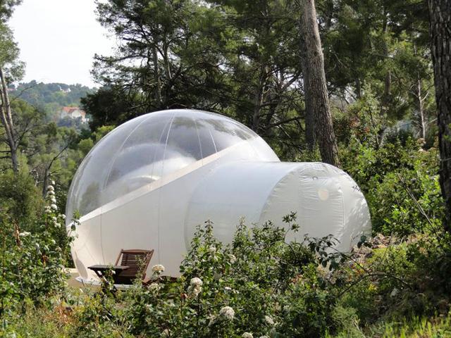 Attrap R Ves Bubble Hotel France Knstrct