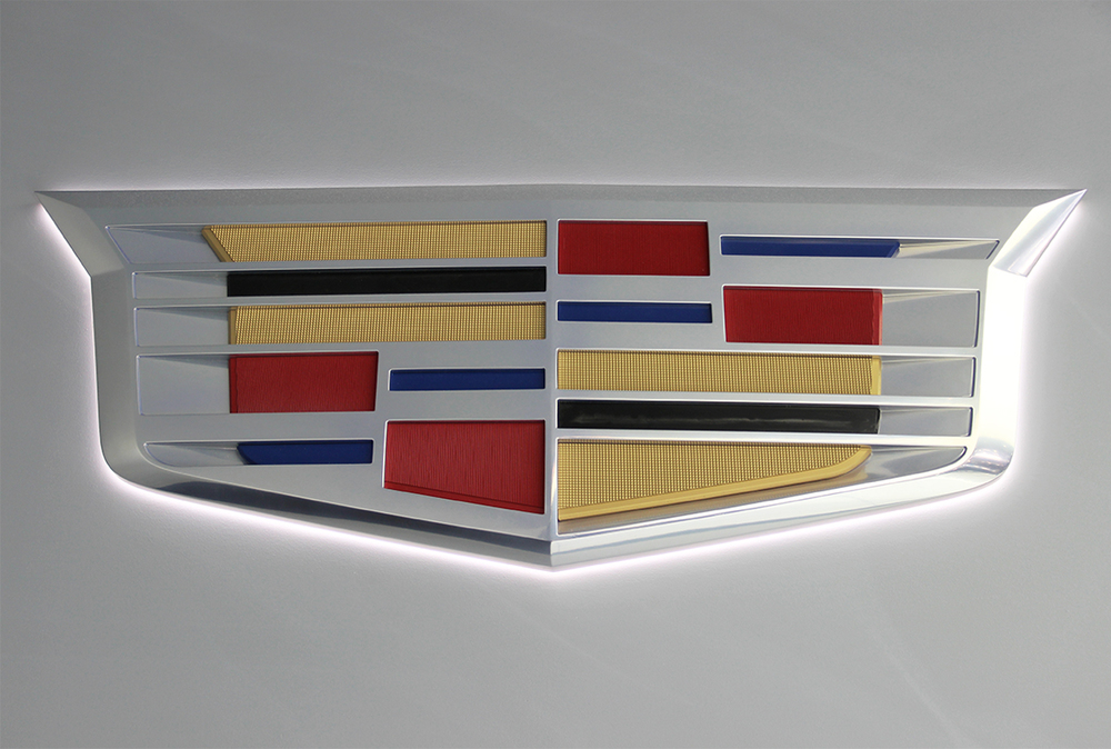 Switching Gears: Cadillac unveils sleek new logo at NAIAS ...