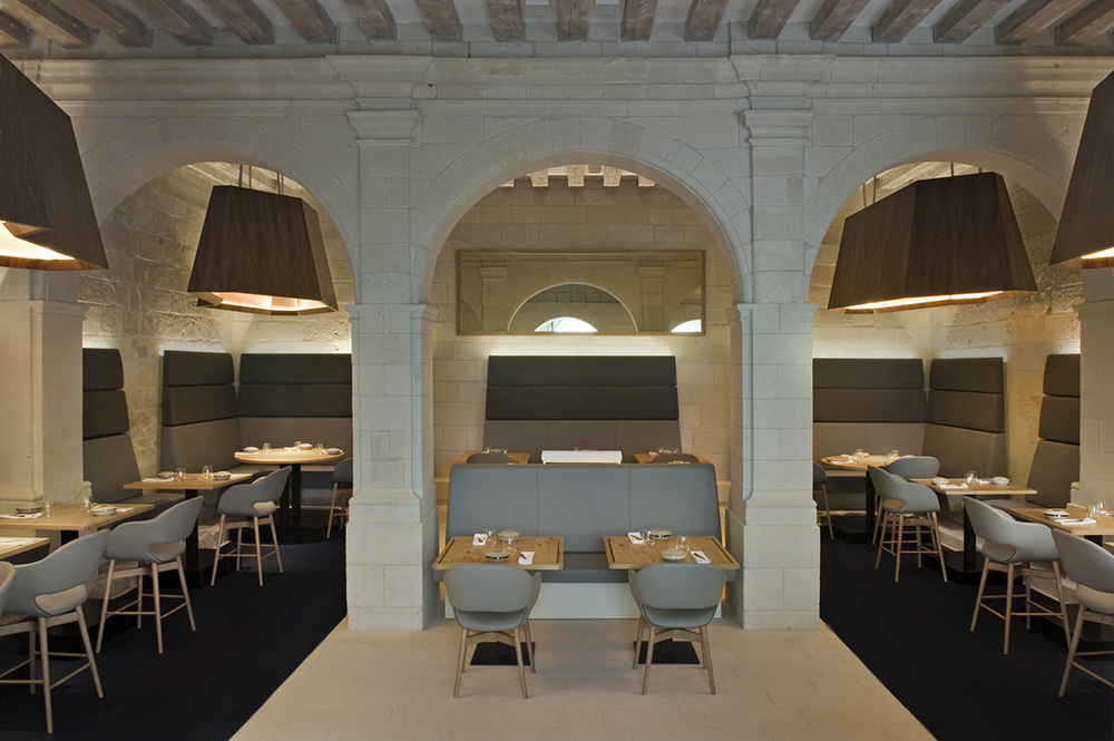 Fontevraud h tel patrick jouin reinvents the abbey knstrct for Design hotels south of france