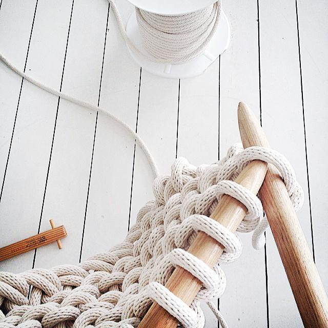 Jacqui-Fink-Little-Dandelion-Large-Knit-Blanket-A.jpg