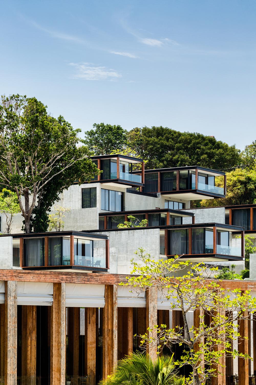 Tropical boxes phase ii of the naka phuket knstrct for Design hotel phuket