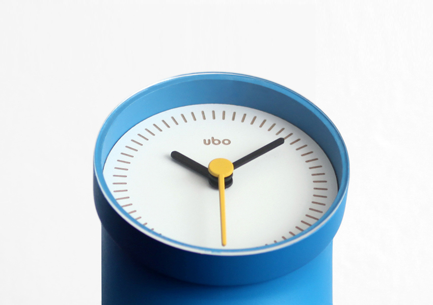 Ubo Clock designed by Damien Urvoy.