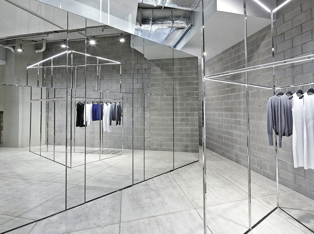 Raw functionality akin creative designs dion lee 39 s first for Raw space architects