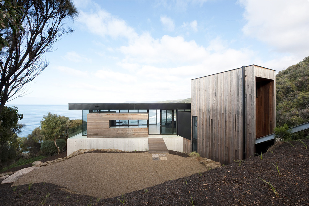 Lorne Residence by Woods Bagot Architects