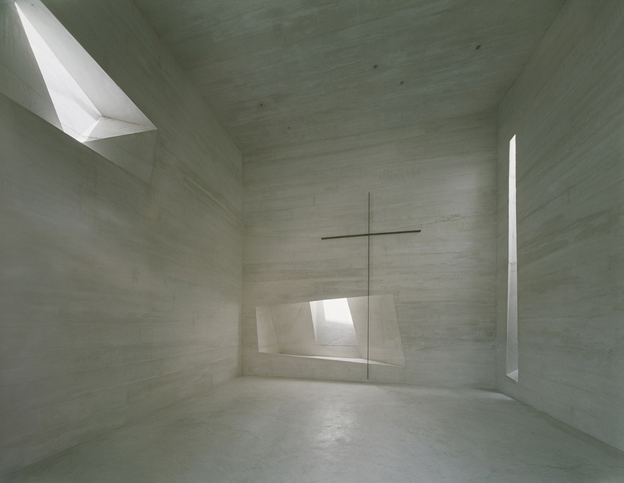 Holy Rosary Church in Lousiana, U.S.A. By   Trahan Architects  .