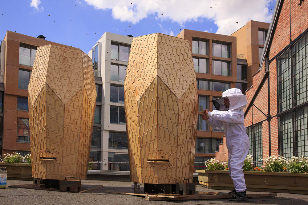 bees the city the vulkan beehive by snohetta knstrct. Black Bedroom Furniture Sets. Home Design Ideas