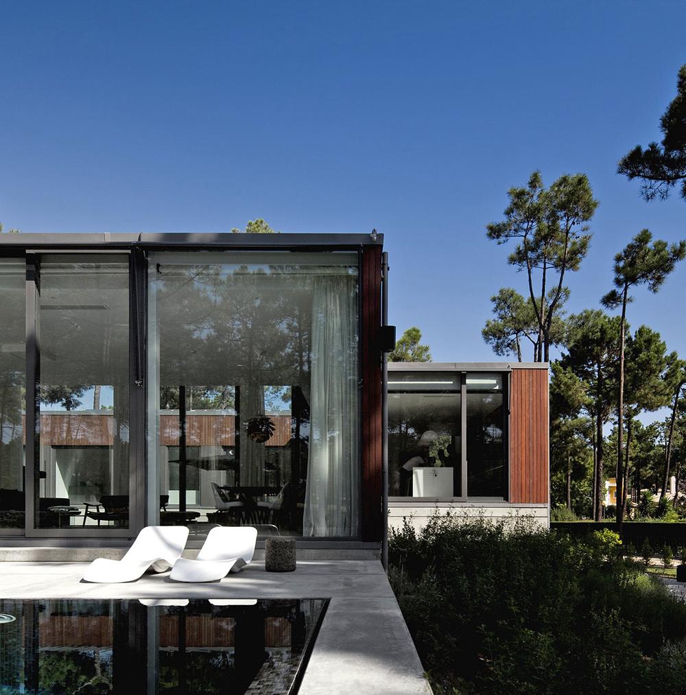 Casa Aroeria III by ColectivArquitectura in Lisbon.