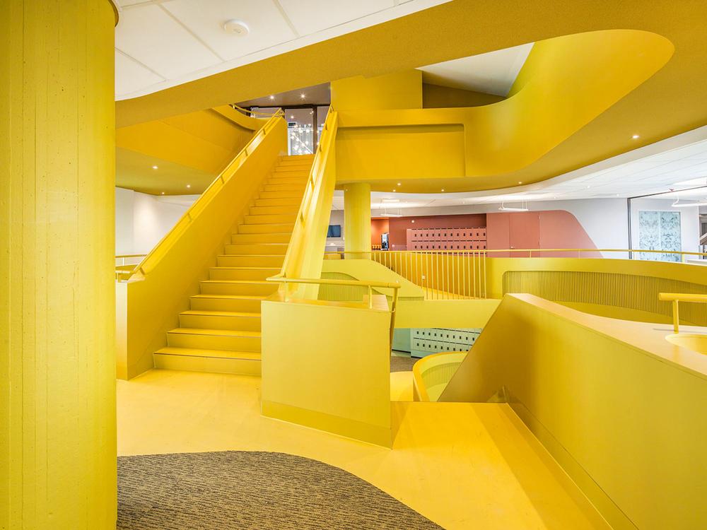 GasTerra Office by DeZwarteHond