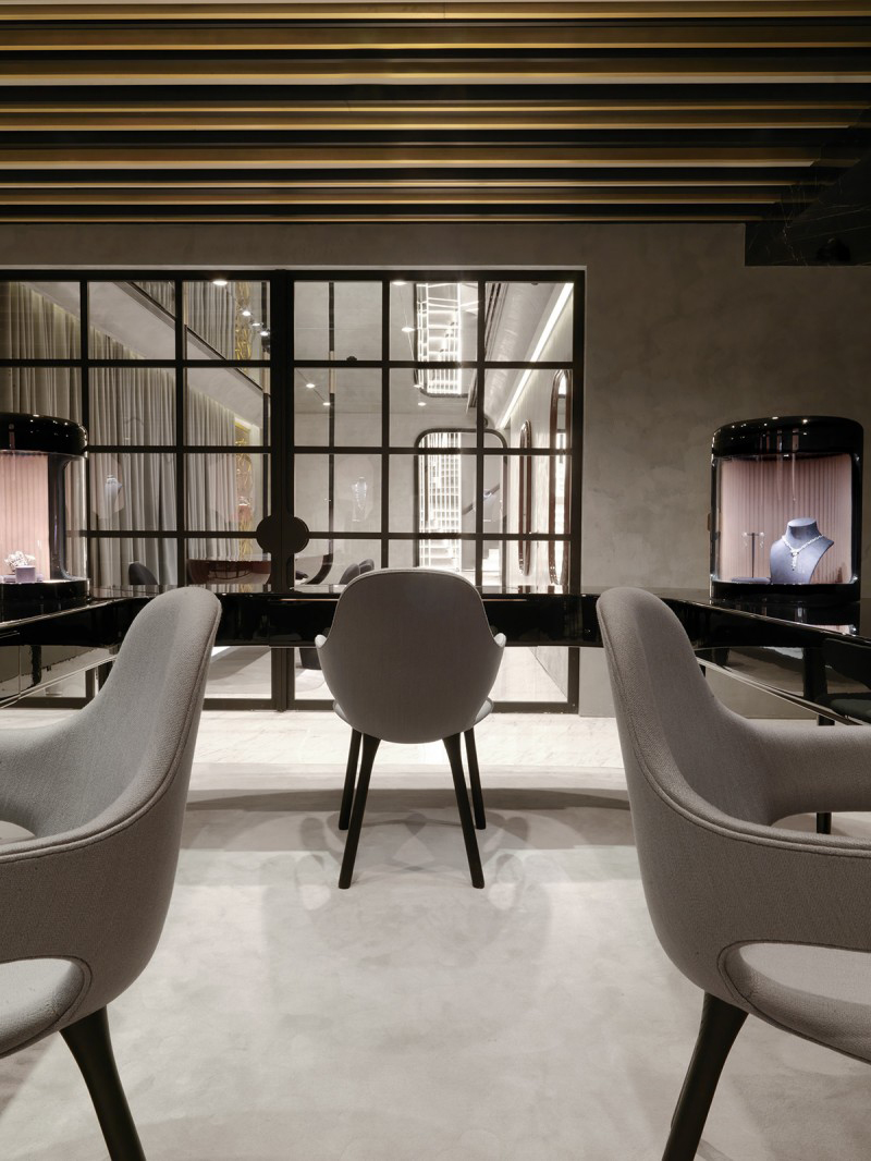 Nirav Modi Boutique in New Delhi
