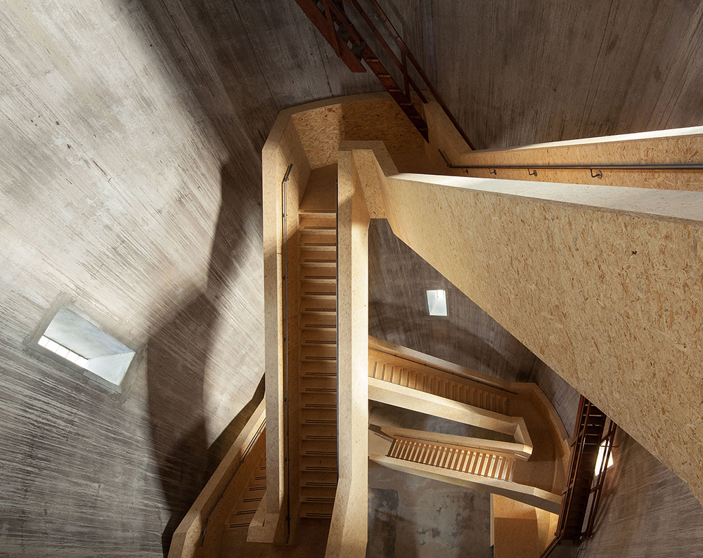 how to adjust stair rise to run