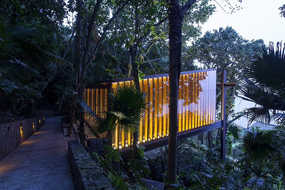 Capela Joa Chapel by Bernardes Arquitetura in Rio de Janeiro
