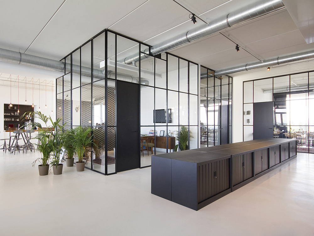 Brandbase-Office-Amsterdam-Brick-Architecture-1.jpg