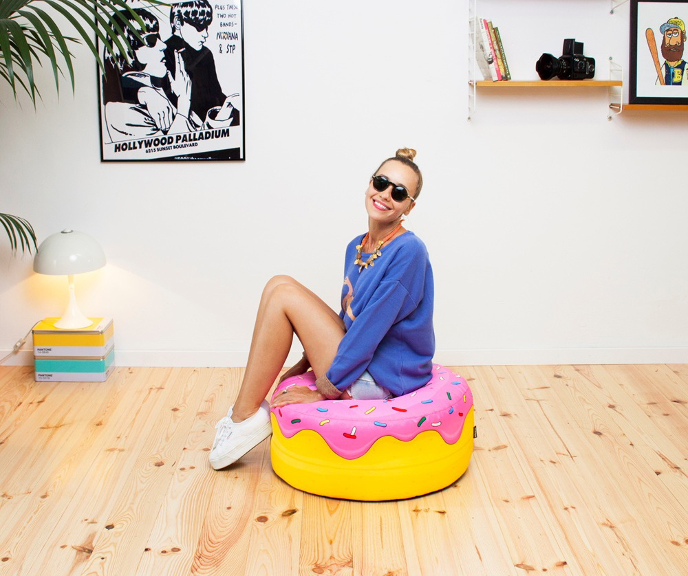 Woouf hamburger, ice cream, donuts and more creative bean bags seating