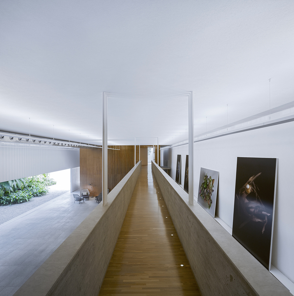 Fernando Guerra photographs MK27's Studio SC