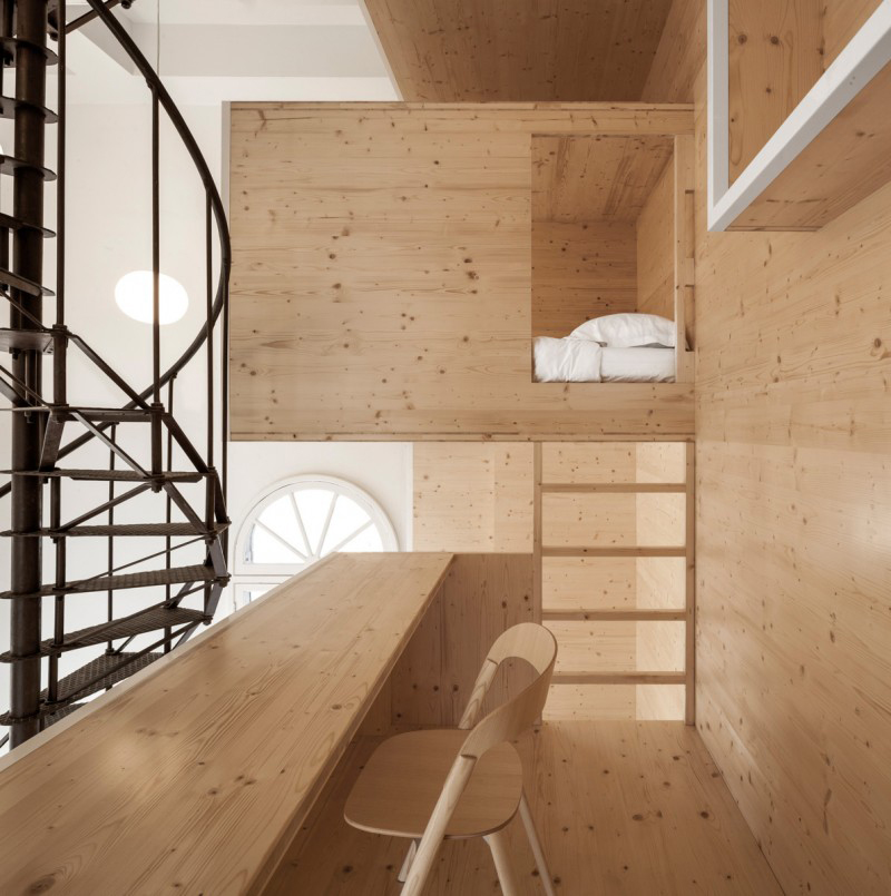 A 'Room on the Roof' Artist Residency Designed by i29 Architects