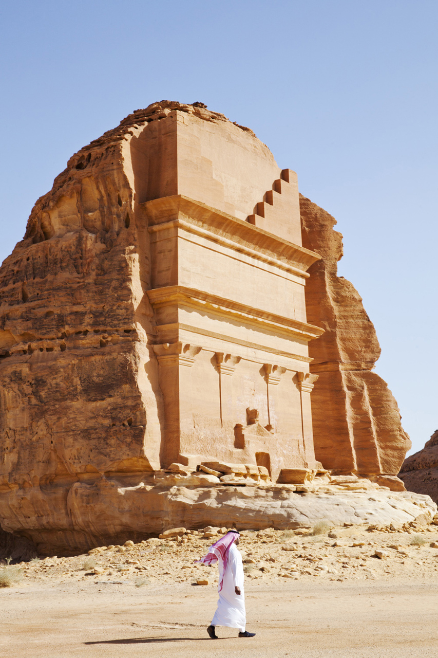 A Desert Odyssey Exploring the Necropolis of Mada in Saleh