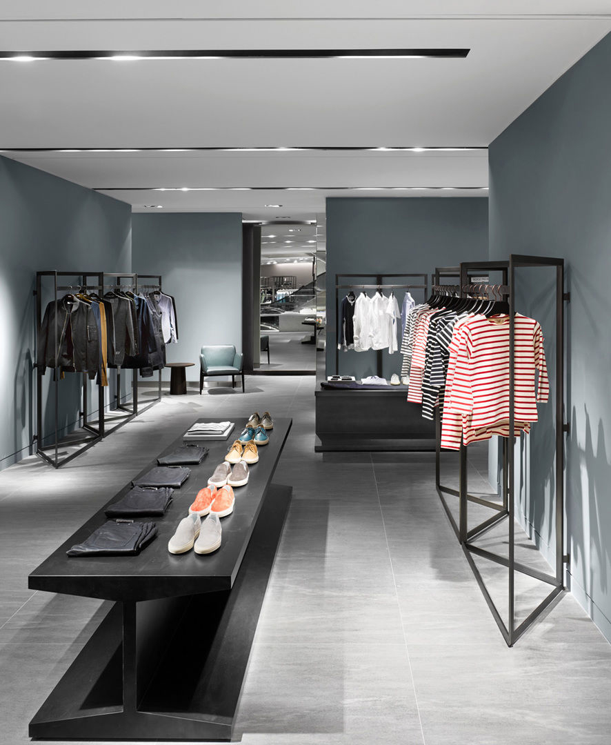 Galleria Luxury Hall West Mens Store Designed by Burdifilek