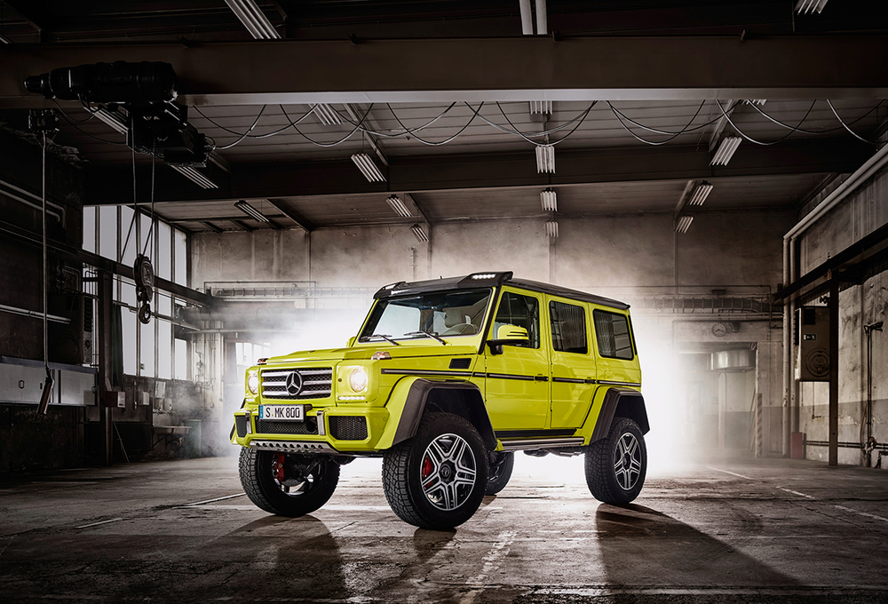 The g class squared mercedes benz g 500 4 4 goes lime for Mercedes benz g class off road
